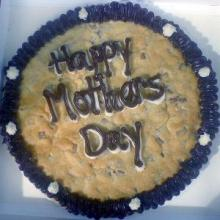 Mother&#039;s Day cake