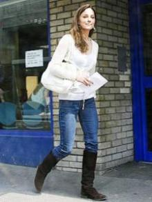 Kate and Pippa Middleton choose blue jeans over fancy fashions