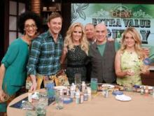 the chew crew with jenny mccarthy
