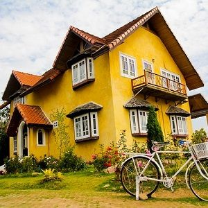 Investing in distressed property